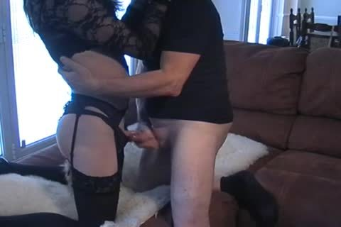 Petgirl Crossdresser pounded By old taskmaster
