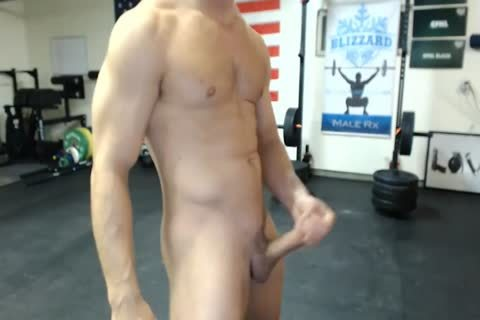handsome Military guy Shows His anus And Cums